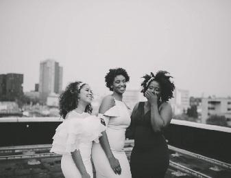 Bruiloft-plannen-waar-beginnen-trouwen-inspiratie-leveranciers-black-bride