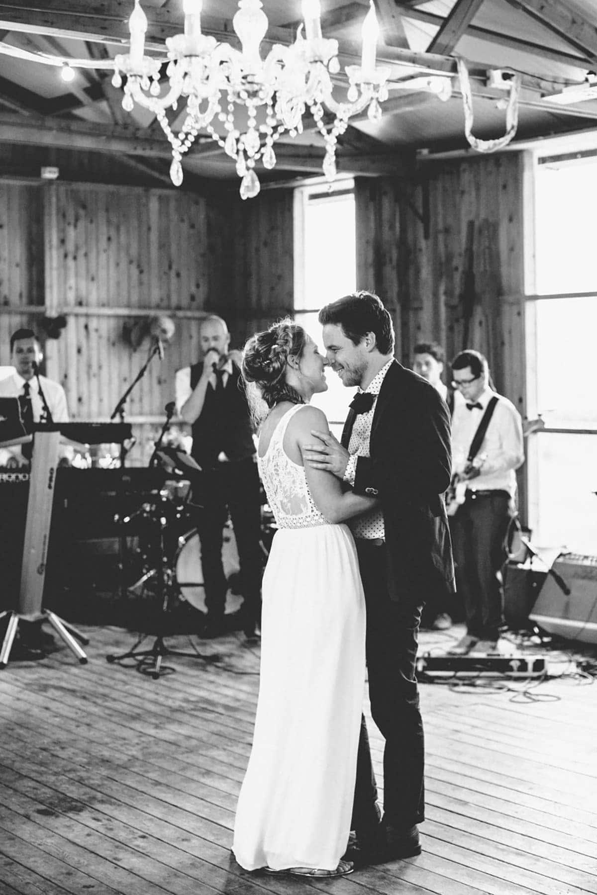 Bohemian-bruiloft-Remy-&-Jessy-Pam-door-Nienke-van-Denderen-Fotografie-104