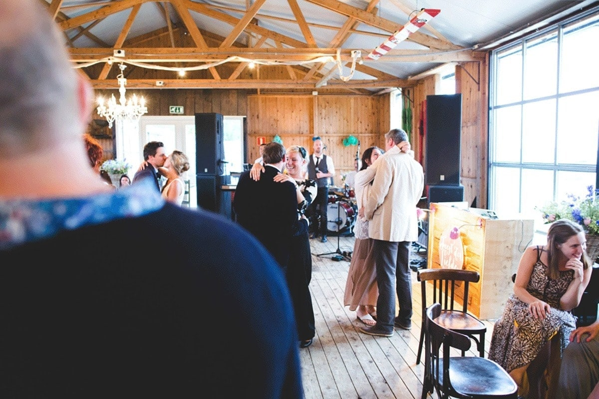 Bohemian-bruiloft-Remy-&-Jessy-Pam-door-Nienke-van-Denderen-Fotografie-105