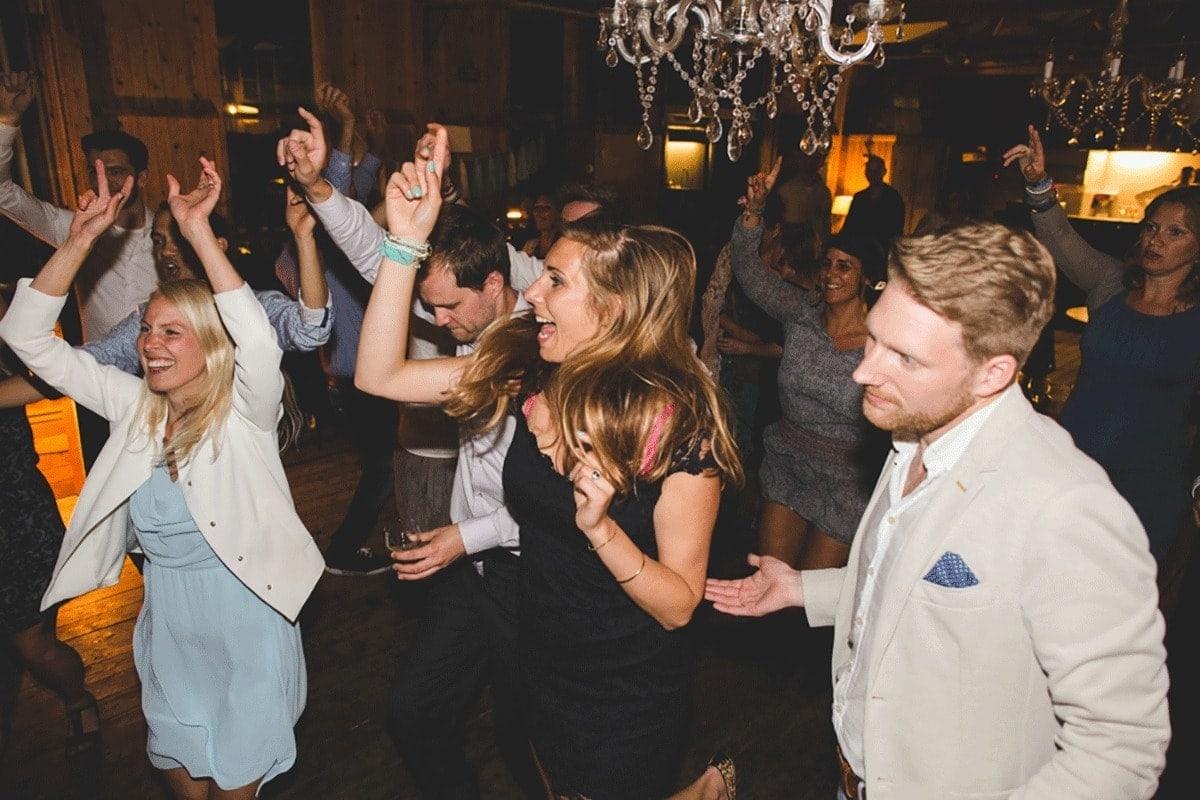 Bohemian-bruiloft-Remy-&-Jessy-Pam-door-Nienke-van-Denderen-Fotografie-121