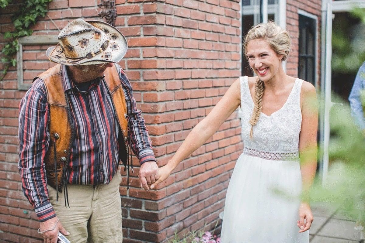 Bohemian-bruiloft-Remy-&-Jessy-Pam-door-Nienke-van-Denderen-Fotografie-28
