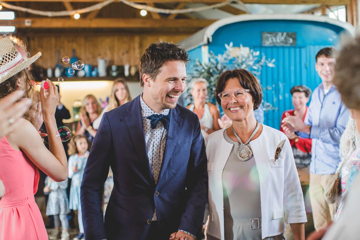 Bohemian-bruiloft-Remy-&-Jessy-Pam-door-Nienke-van-Denderen-Fotografie-61