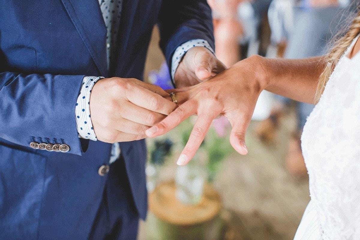 Bohemian-bruiloft-Remy-&-Jessy-Pam-door-Nienke-van-Denderen-Fotografie-71