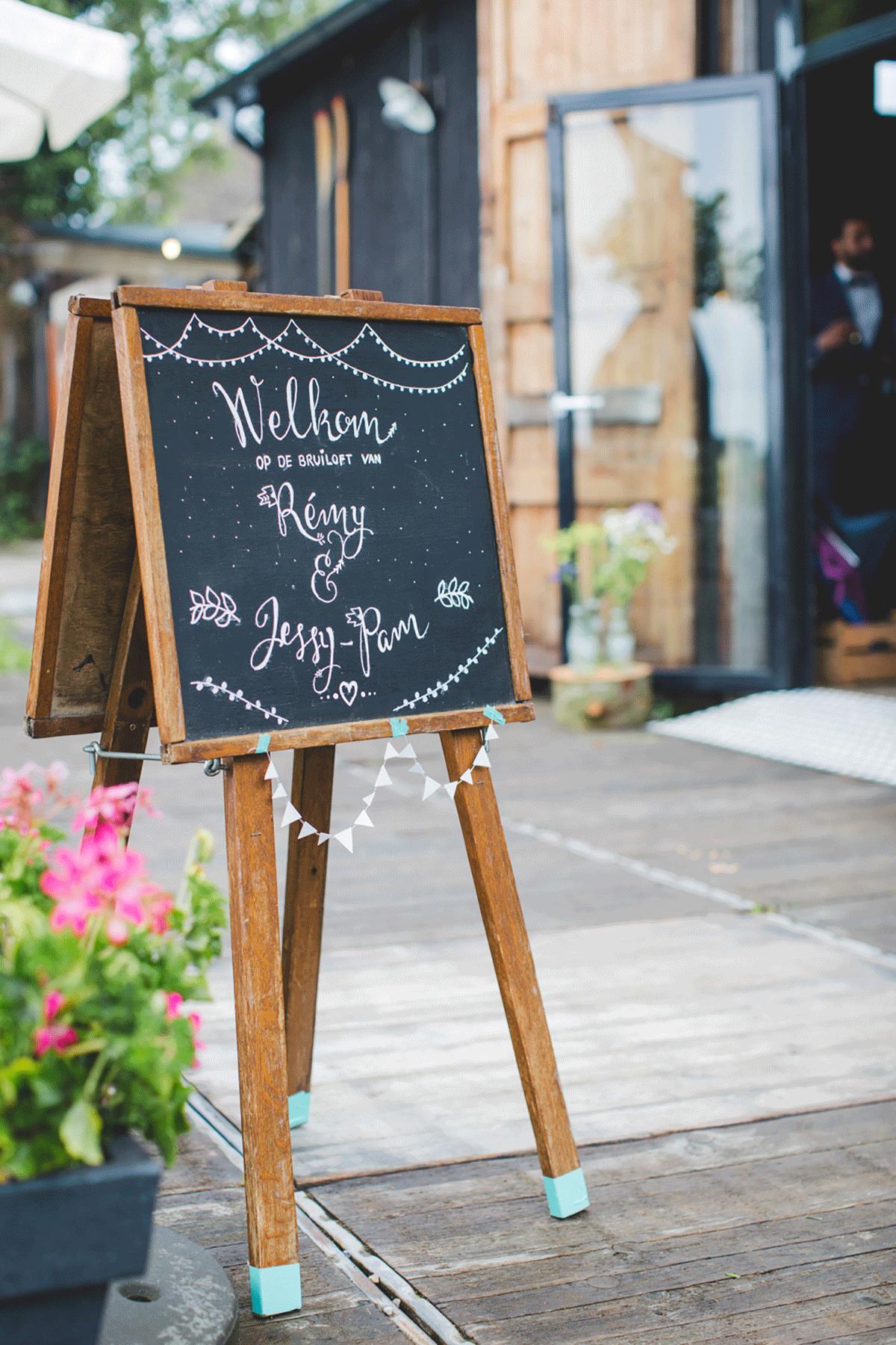 Bohemian-bruiloft-Remy-&-Jessy-Pam-door-Nienke-van-Denderen-Fotografie-91