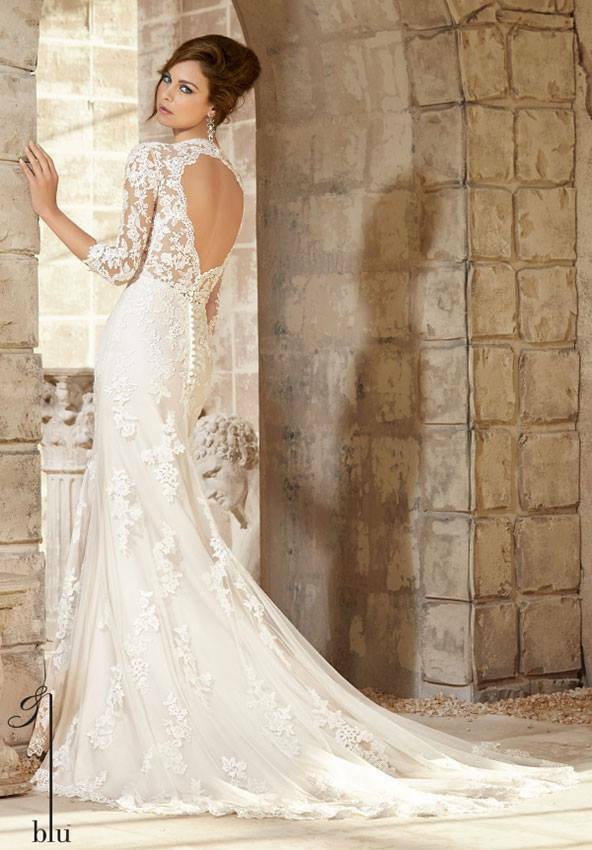 Bruidsjurken Onder 1000 Euro.Een Mooie Trouwjurk Kopen Onder De 1000 Euro En Niet Online Kan Dat