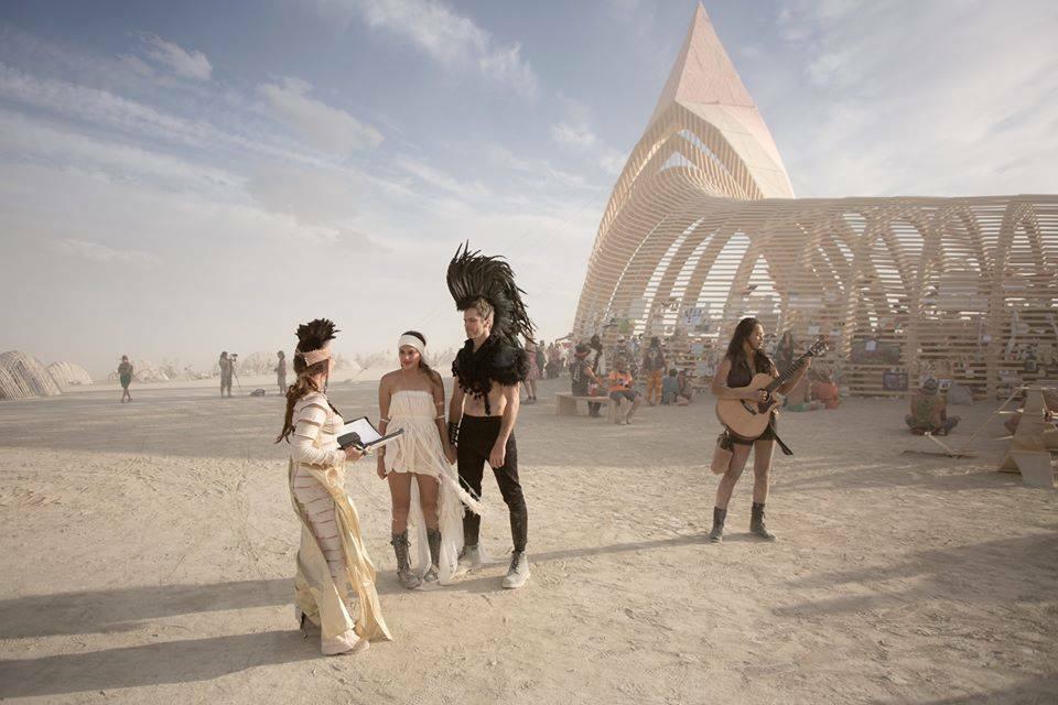 Bruiloft Burning Man 7