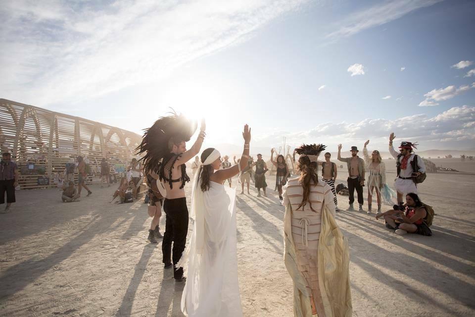 Bruiloft Burning Man 9