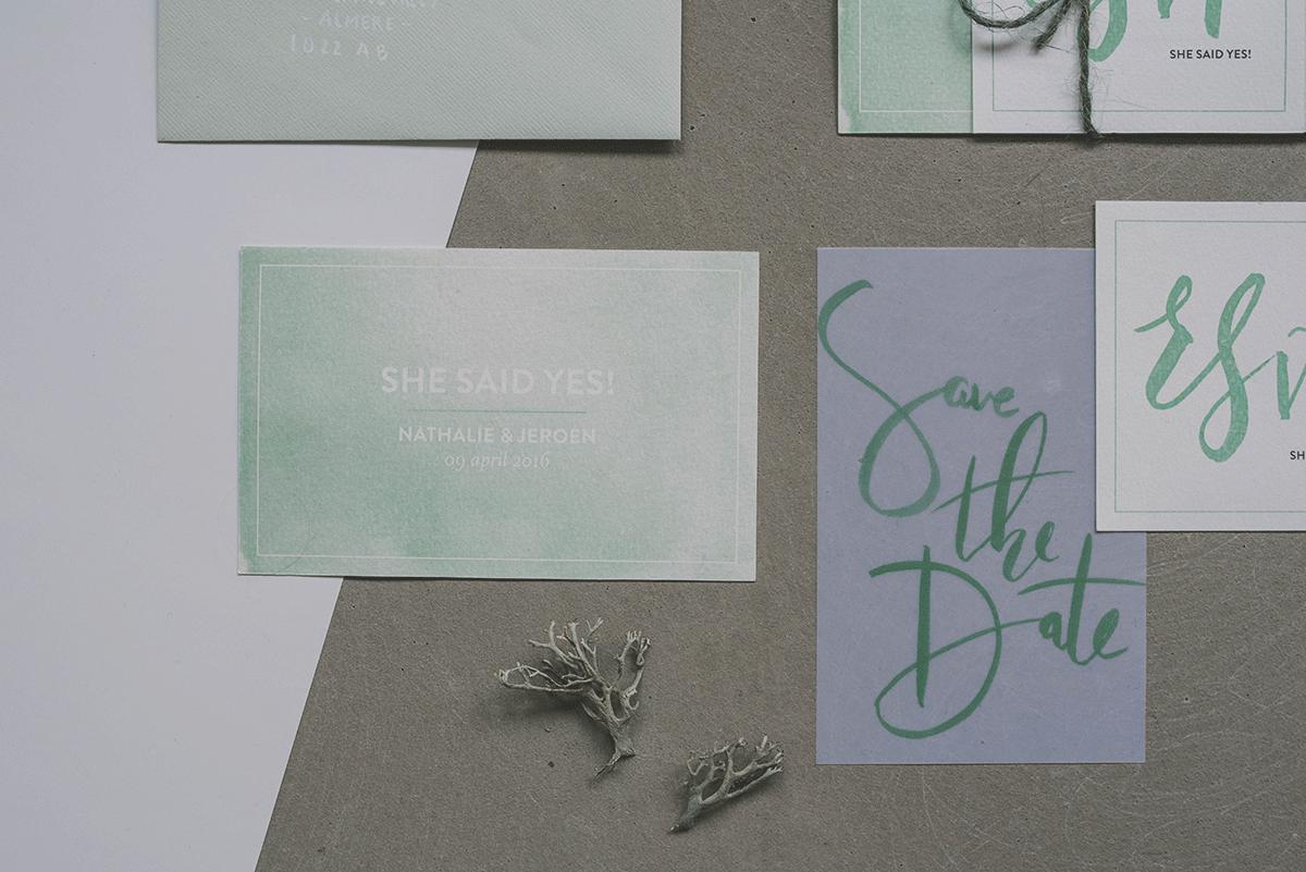 Trouwkaarten-set-5-Studio-Lona-groen-minimalistisch-2