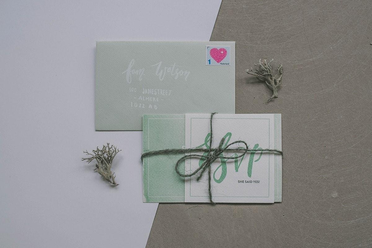 Trouwkaarten-set-5-Studio-Lona-groen-minimalistisch-3