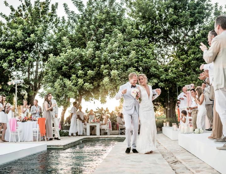 Trouwen op Ibiza: een romantisch feestje!