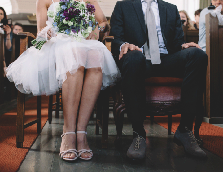 Wat kan een trouwambtenaar of ceremoniespreker voor jouw bruiloft doen?