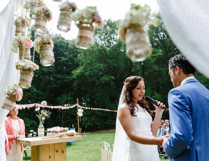 De DIY bruiloft van een echte Girls of honour fan!