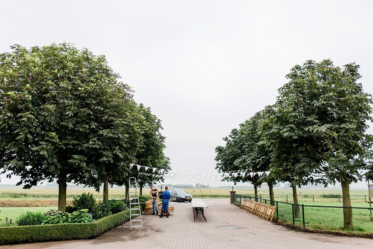 trouwen-in-eigen-tuin-2