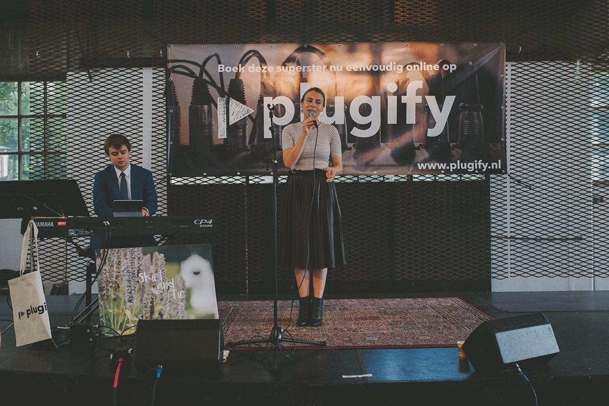 plugify-bruiloft-muziek-bij-engaged-123