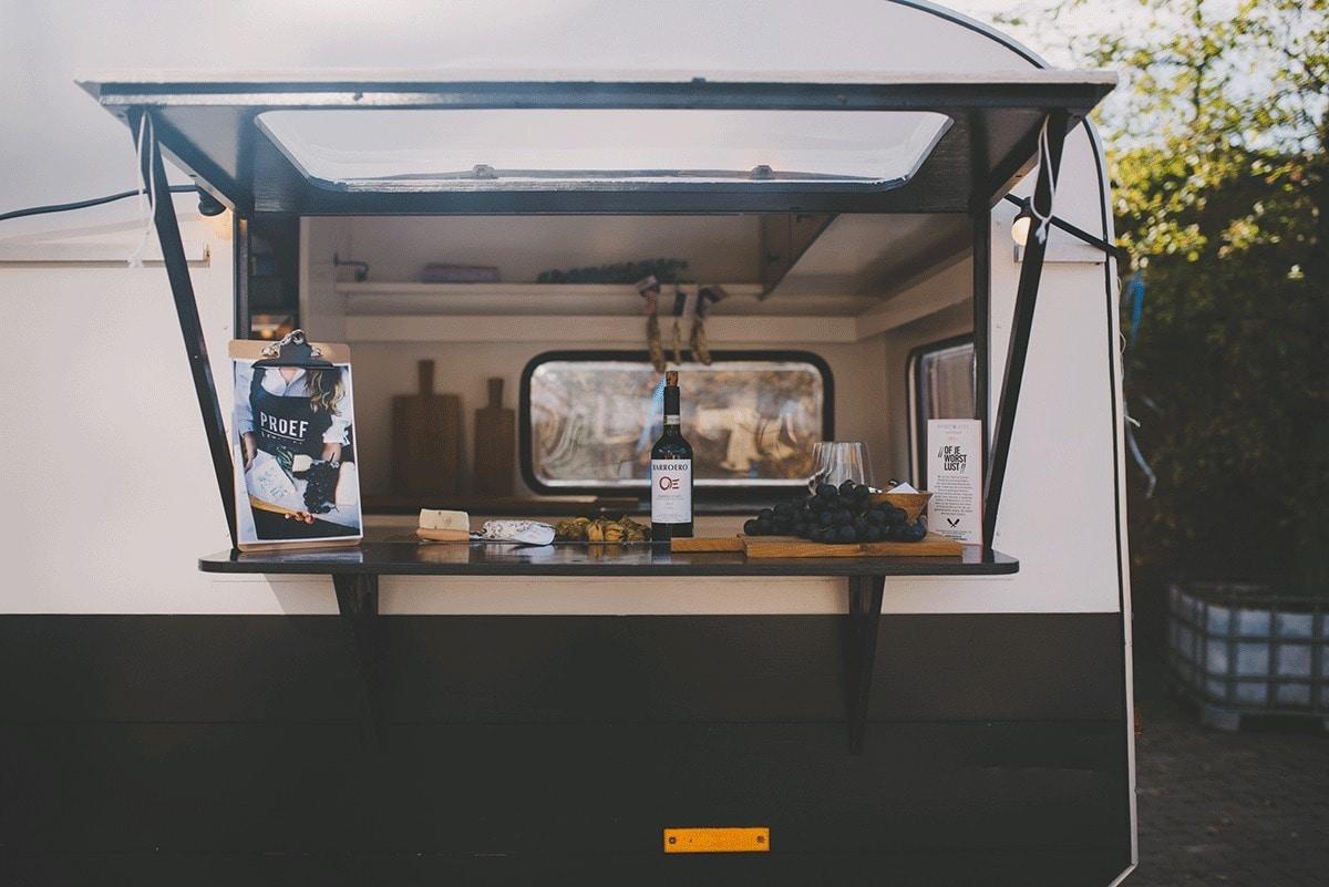 proeflokaal-wijn-foodtruck-en-catering-bij-engaged-94
