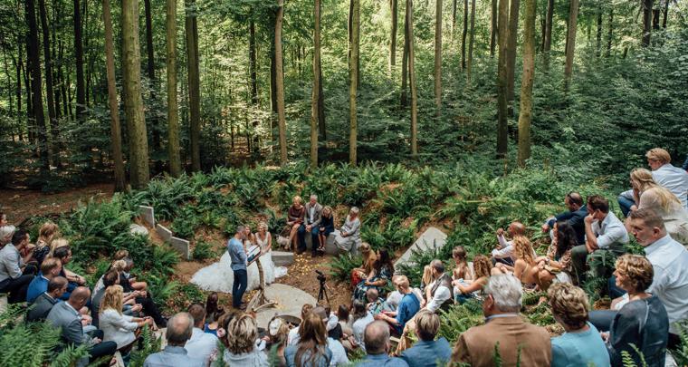 Hoe mooi is trouwen midden in een park in Arnhem?!