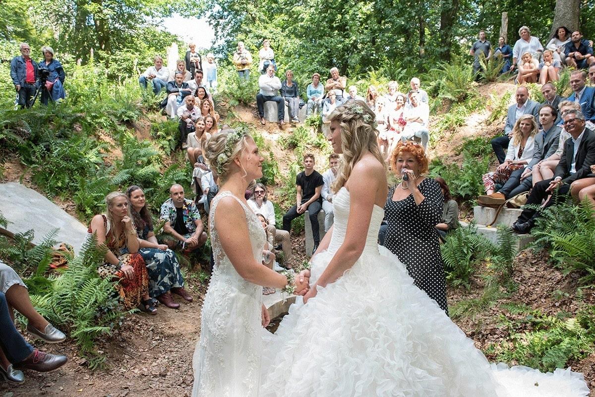 odizafotografie-bruidspaar-suzanne-en-stefanie-low-res-023
