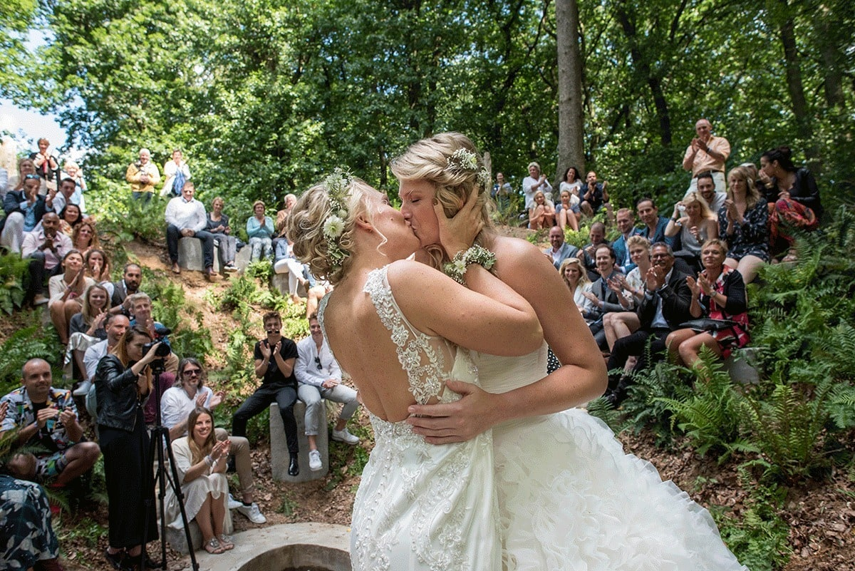 odizafotografie-bruidspaar-suzanne-en-stefanie-low-res-025