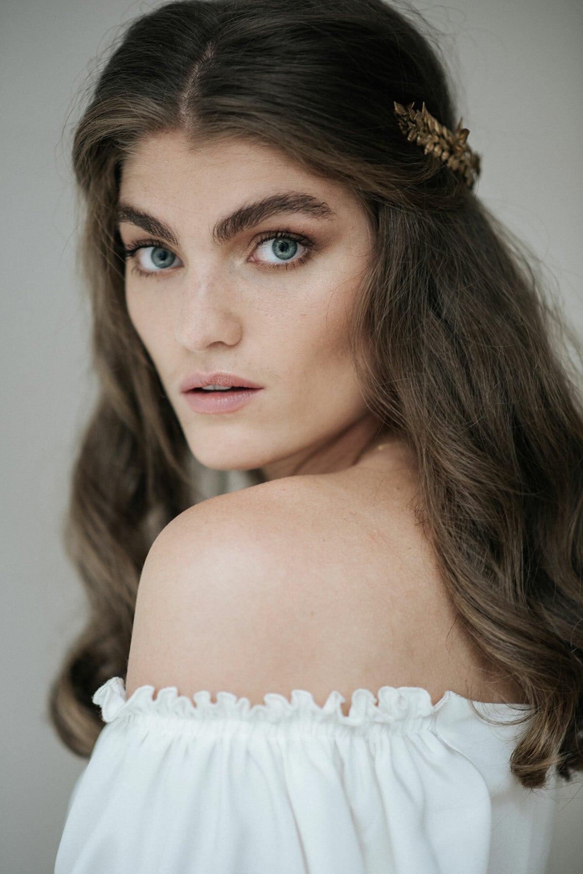 bruidskapsel-kapsel-headpiece-haar-haaraccessorire