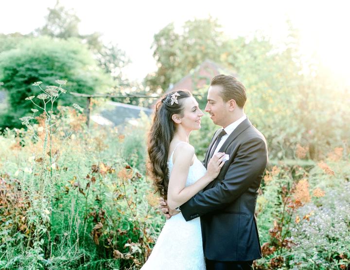 De bruiloft van Funda en Sami, met trouwfoto's ná de bruiloft!