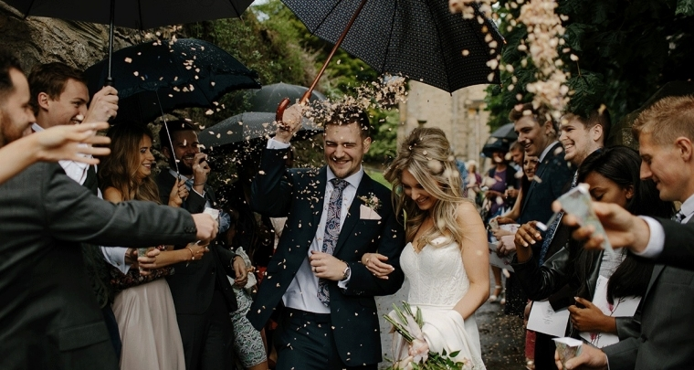 Een jaar getrouwd: deze vier vrouwen kijken terug op hun bruiloft!