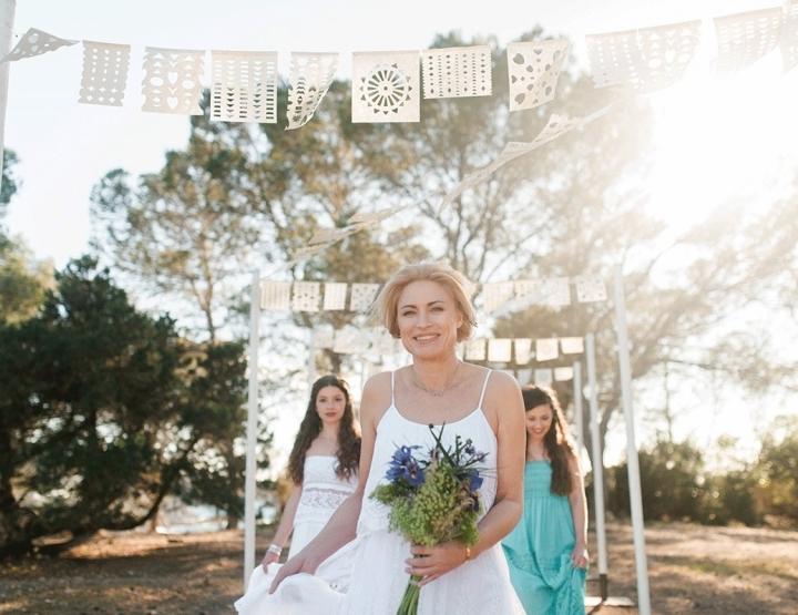 Een bohemian bruiloft onder de zon op Ibiza