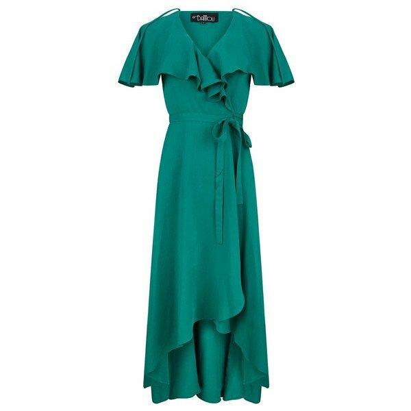 315c4c451268d2 Deze outfits heb ik daarom uitgezocht voor de dames die ook graag groen  naar een bruiloft gaan.