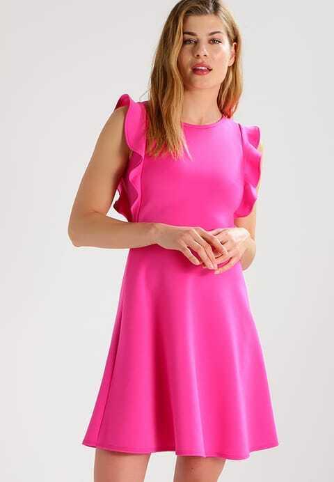 10 fantastische jurken voor de bruiloftgasten op jullie bruiloft!