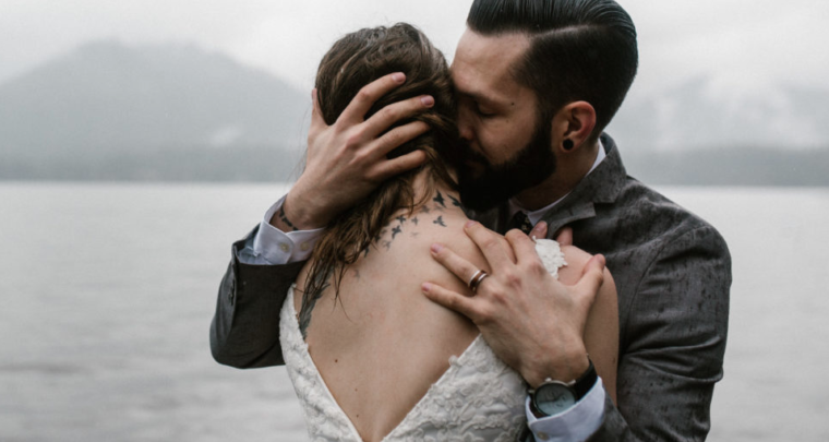 Fotografen geven tips voor het maken van de trouwfoto's: vooral niet poseren!