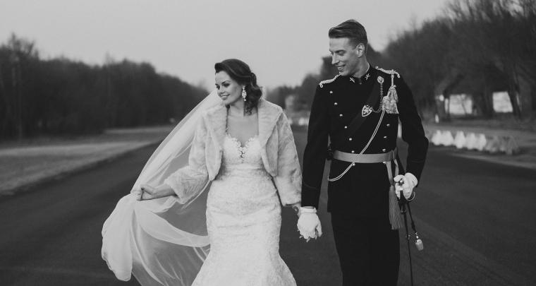 Een bijzondere trouwlocatie; trouwen op een vliegveld!