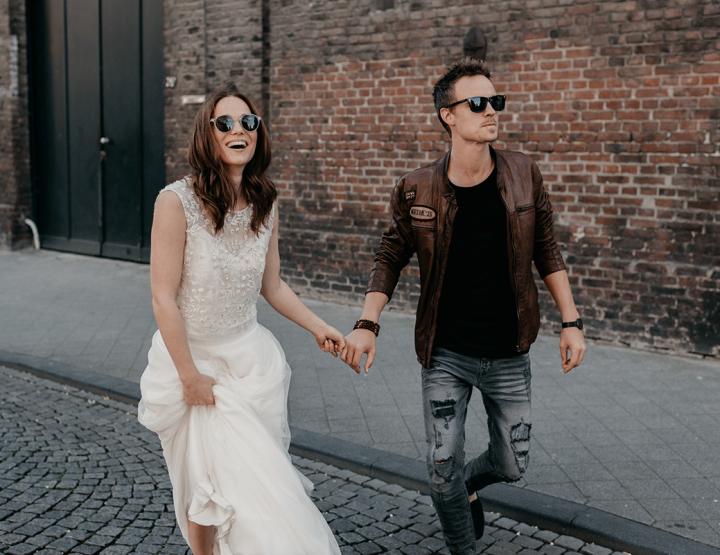 Trouwen in een spijkerjack? Bekijk deze inspiratie voor de moderne bruid