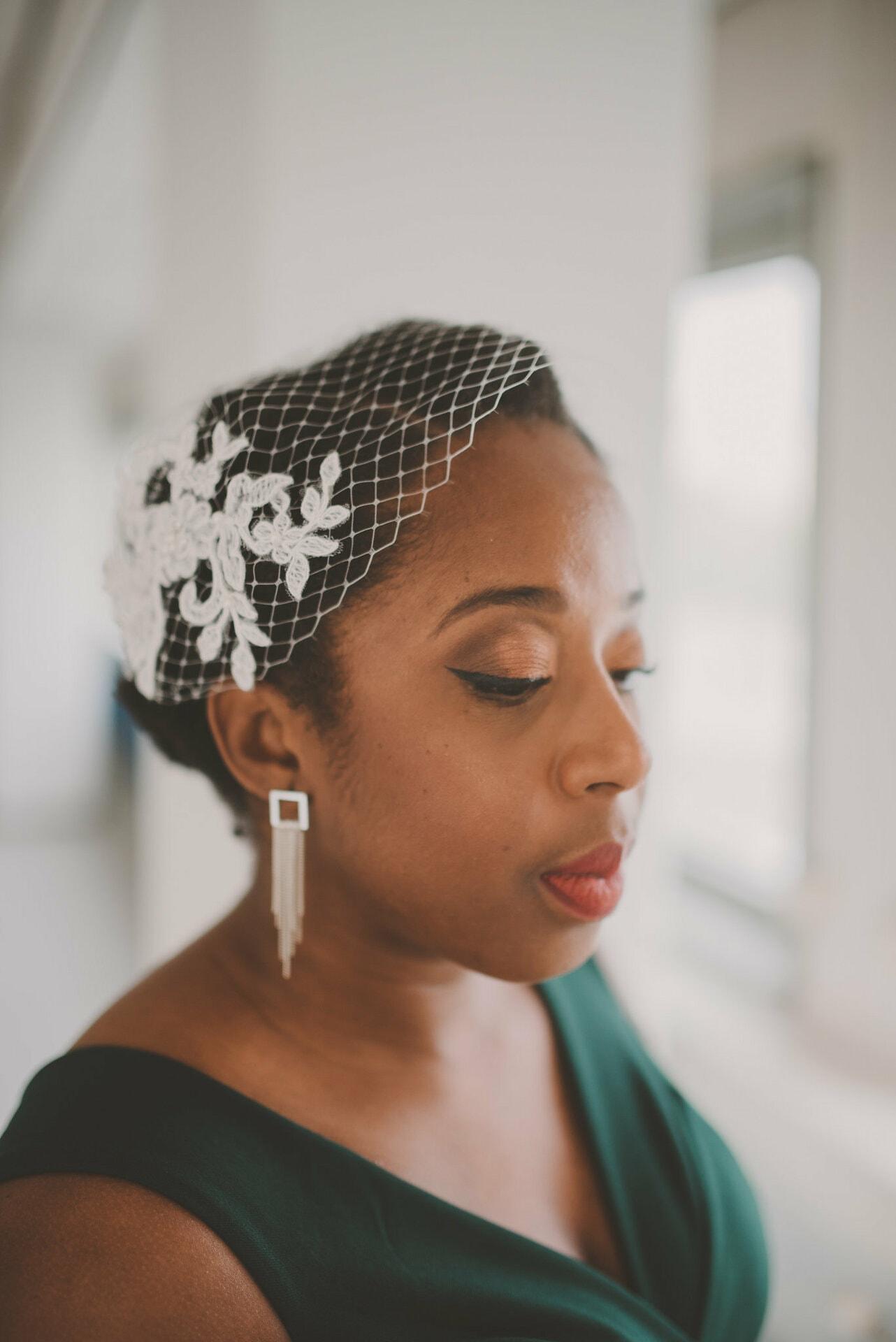 Bruidskapsels kroes en krullend haar