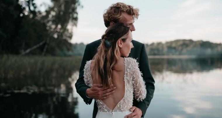 Waarom je echt je eigen trouwgeloftes moet schrijven...