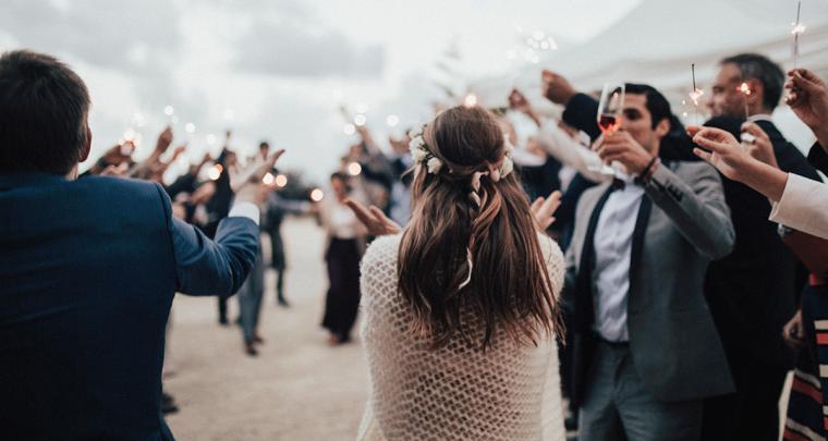 Ga je trouwen? Maak het bekend met een verlovingsfeest!