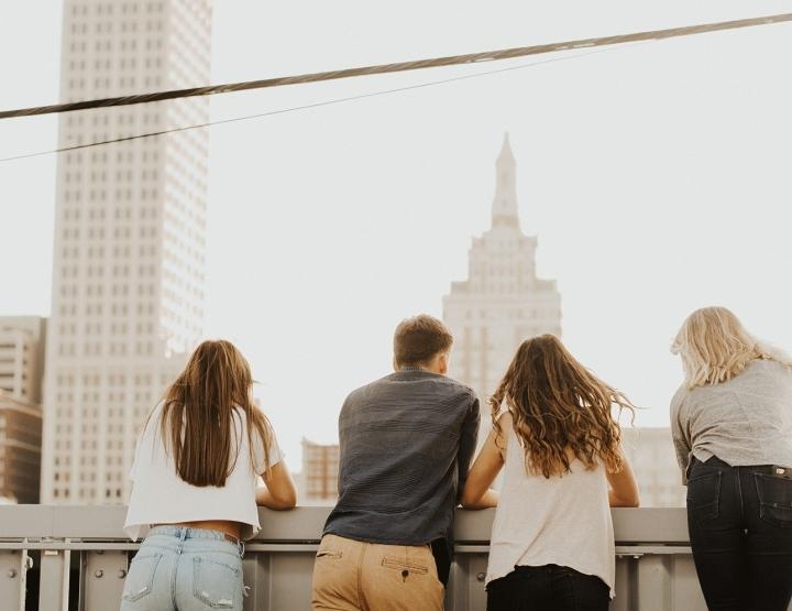 Wat doe je als zijn vrienden jou niet mogen of jij hen niet?