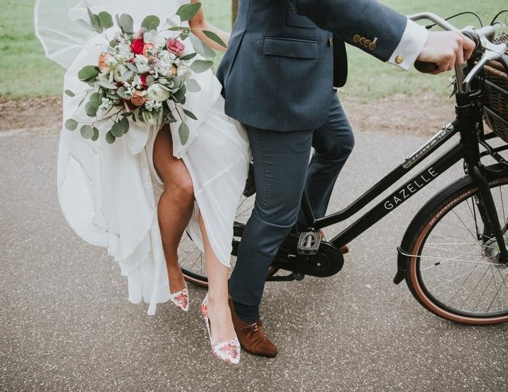 Een trouwfotograaf en een trouwvideograaf op je bruiloft: hier moet je op letten