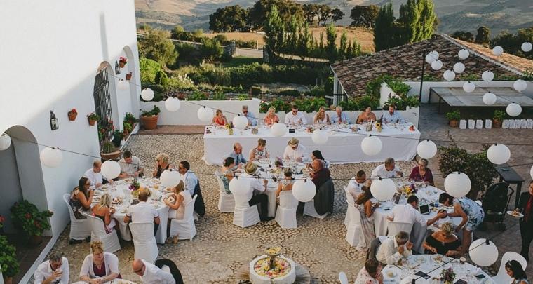 Zo organiseer je een bruiloft in het buitenland