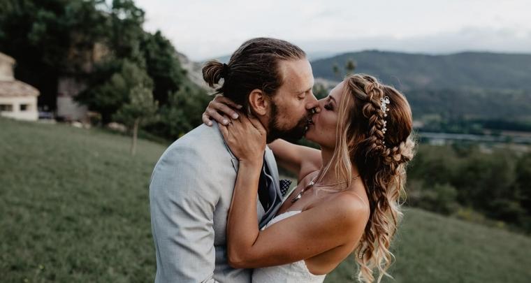Nikki en Wilfred trouwen in Zuid Frankrijk op een zonovergoten dag!