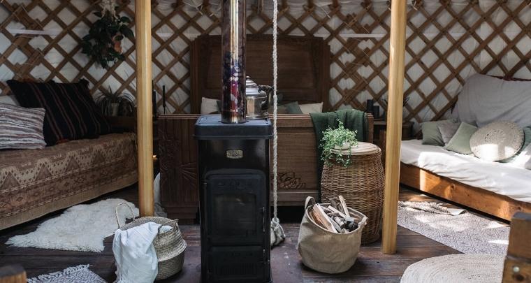 Bruiloft inspiratie: trouwen in een yurt en romantisch overnachten