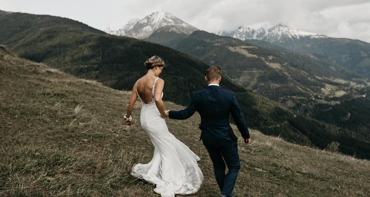 Bruiloft Inspiratie: Dit bruidspaar organiseerde een bruiloft in Oostenrijk!