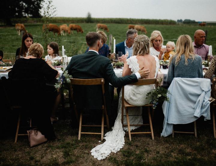 De ultieme handleiding voor bruiloftgasten! Wat draag je, wat geef je, en meer...
