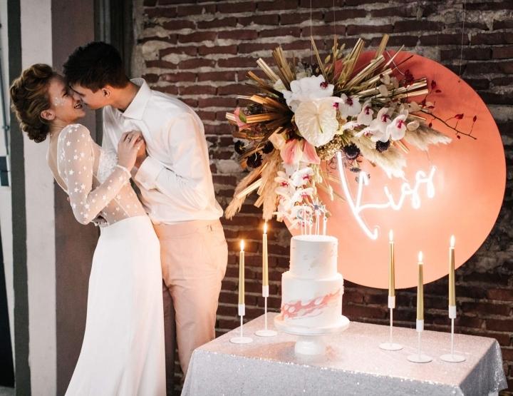 Bruiloft inspiratie: trouwen tijdens de feestdagen met heel veel roze en glitters!