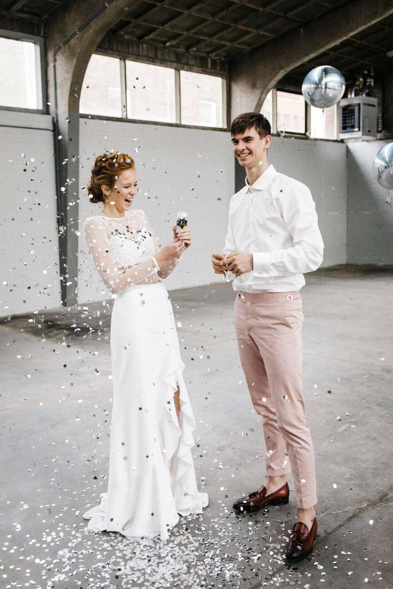 Glitter Trouwjurk.Bruiloft Inspiratie Trouwen Tijdens De Feestdagen Met Heel Veel