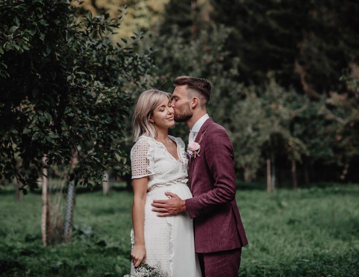 Real wedding: deze bruid trouwde zwanger in een awesome Asos jurk!