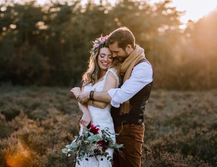Real Wedding: Een magische bruiloft met yogaworkshop en spectaculaire openingsdans