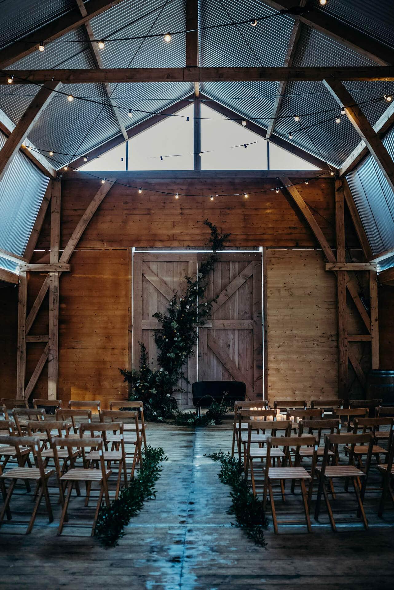 Goede Bruiloft inspiratie: Trouwen in een schuur, gewoon in Nederland! CW-72