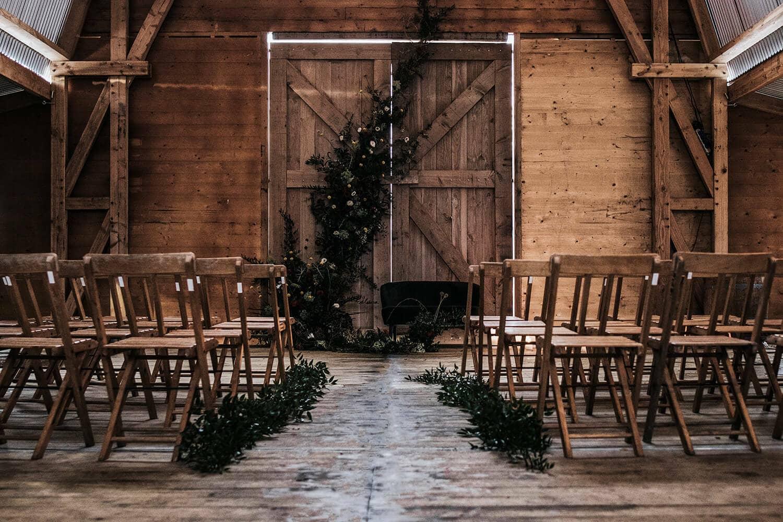 Wonderbaar Bruiloft inspiratie: Trouwen in een schuur, gewoon in Nederland! WX-07