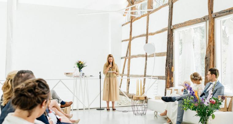 Real wedding: Intieme bruiloft in een Franse boerderij