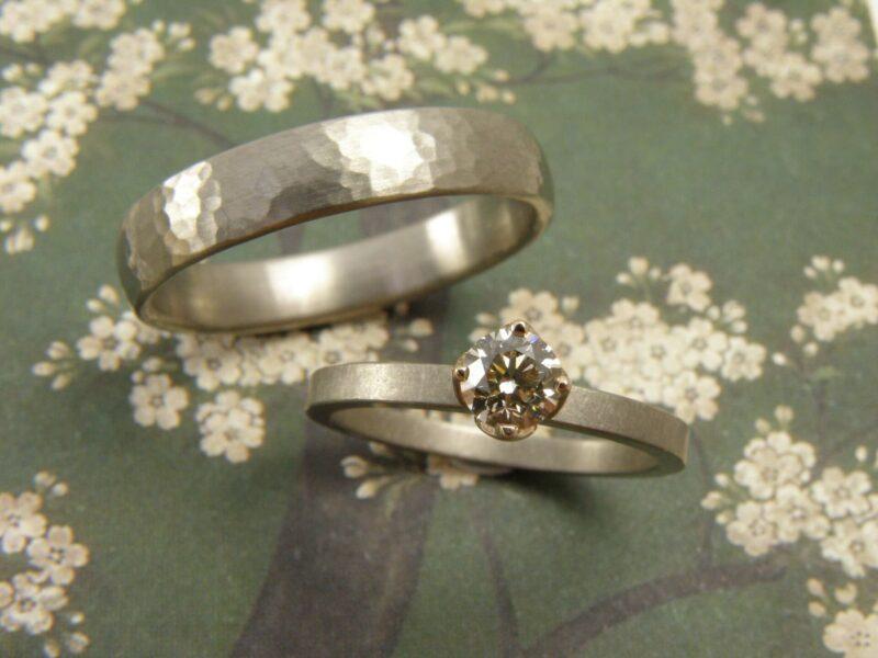 Handgemaakte trouwringen Oogst sieraden - Girls of honour