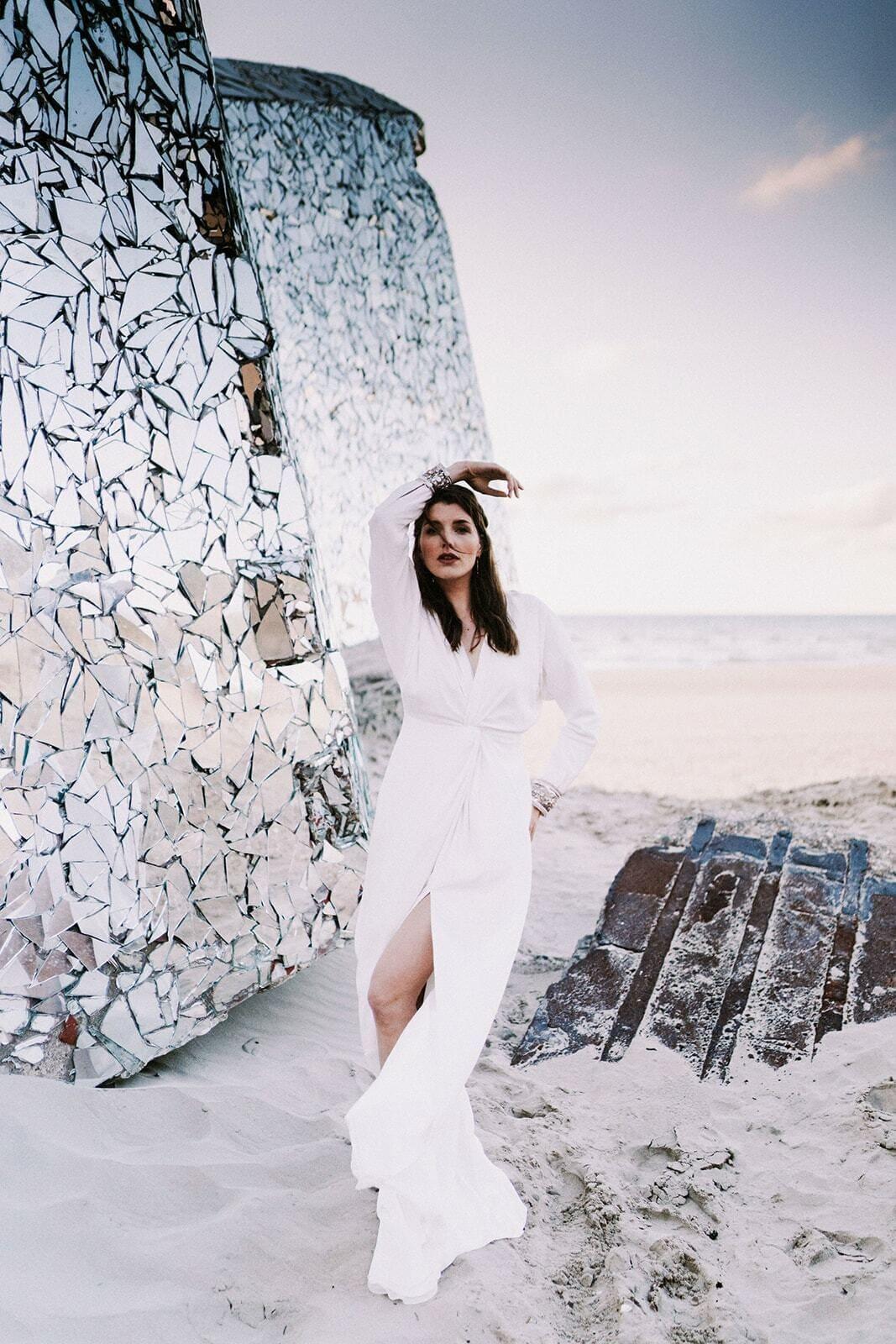 moderne witte trouwjurk